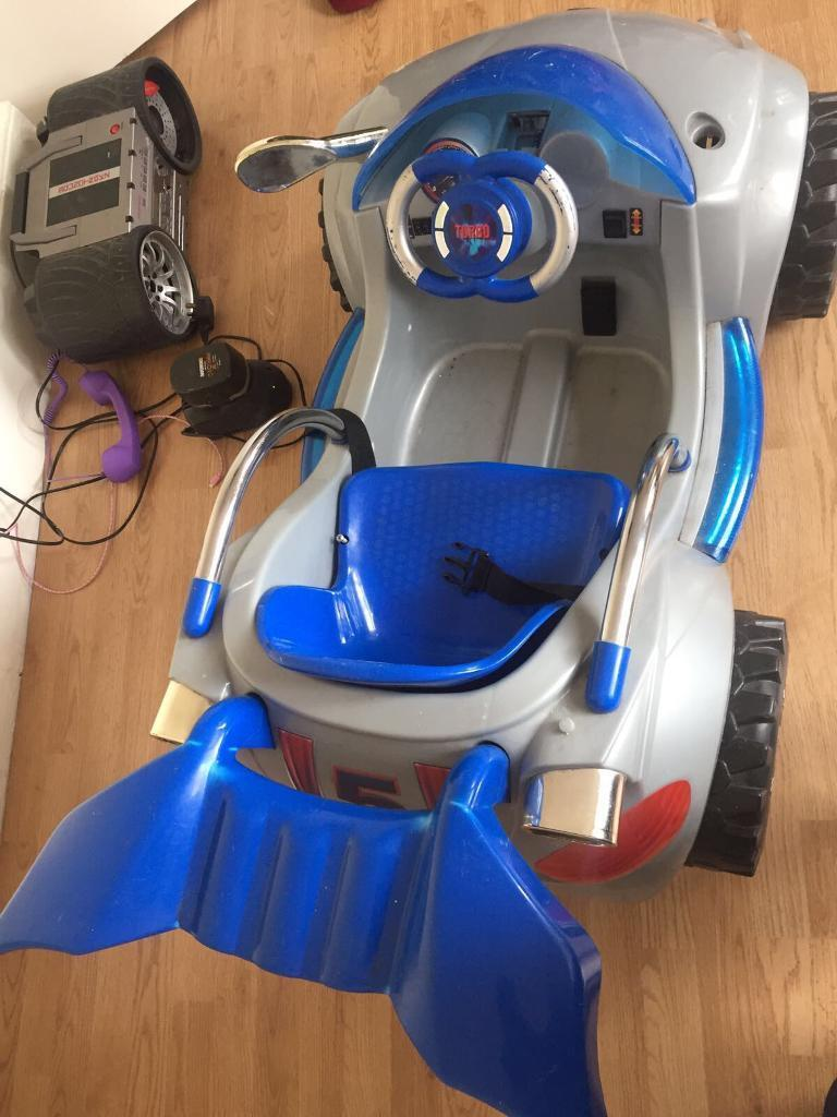 Electric car with flashing lights used few times like newjust been sitting there in loftin Willesden Green, LondonGumtree - Electric carUsed Needs new battery Cost £200 brand newCollection only Price £75
