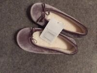 The White Company Slippers BNWT - Size 4
