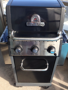 3 Burner Broil King Baron 320 LP