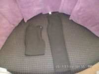 2 x boys school trousers in black size 8-9 yrs