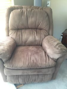 Arm Chairs, Single Chairs, Wing back and Sofa recliners