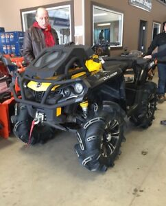 2015 can am 800 xmr LOW KMS!!!