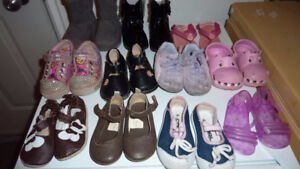 ASSORTMENT OF BABY GIRL SHOES