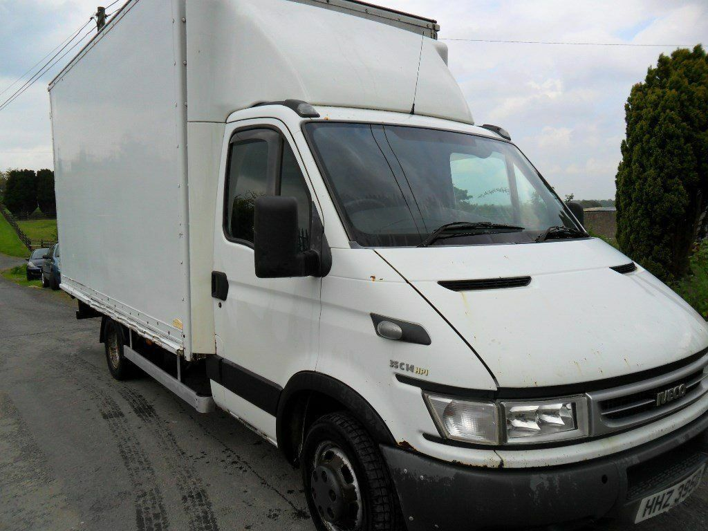 "iveco daily 35c14 3.0 6 speed 14"" luton with curtain on left side"