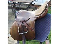 Stubben Parsival Saddle size 28 inch