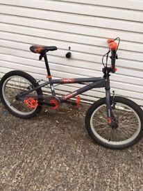 BMX Schwinn Core bike