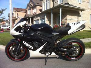 2005 Yamaha R1. Track Bike