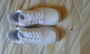 NIKE AIR FORCE ONE 8.5US HOMME
