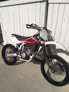 2010 Husqvarna TC250 dirt bike