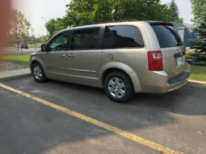 2008 Dodge Gr Caravan, Holiday Ready!