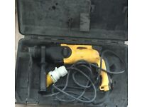 Dewalt SDS Plus Hammer Drill, 110v, Fully working. NO OFFERS MEANS £40