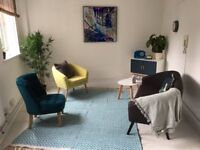 Therapy room to rent in Ealing Broadway