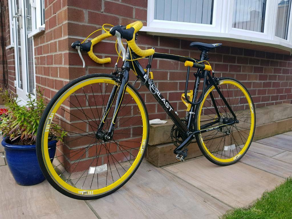 Everlast 21 Speed Road Bike In Hull East Yorkshire Gumtree