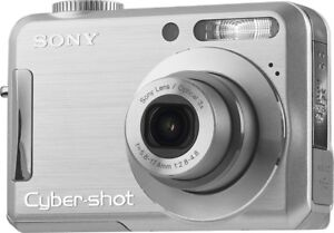 SONY Cybershot DSC-S700 7.2MP digital Camera,3x Optical Zoom
