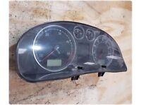 VW PASSAT B5.5 1.9 SE TDI PD MANUAL FWD 2001 INSTRUMENT CLSUTER SPEEDO CLOCKS