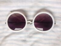 WHITE FRAMED SUNGLASSES - CHEAP!
