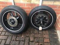 Yamaha R6 wheels with good tyres and brake discs