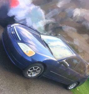 2003 HONDA CIVIC BLUE SEDAN Automatic 1600$ (Price negotiable)