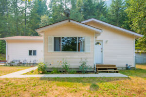259 Kault Hill Road, NW Salmon Arm - Peaceful Country Setting