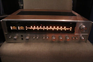VINTAGE 1976 REALISTIC STA-90 4 CHANNEL RECEIVER