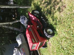 Ride on lawnmower