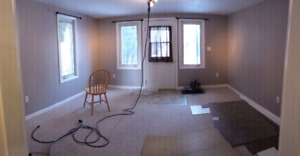 Available oct/1/17. 1 bedroom apartment, utilities included