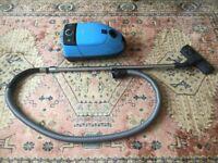 Miele S381 Vacuum Cleaner