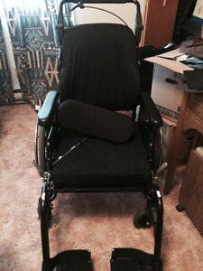 Wheelchair low profile tilt with air seat