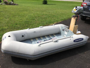 """8"""" Inflatable boat with Motor"""
