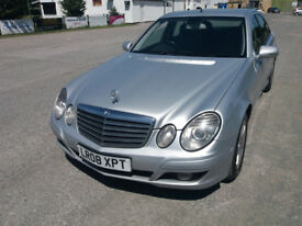 MERCEDES-BENZ E220 2.2 CDI CLASSIC (Silver) Clean great drive car Cat D