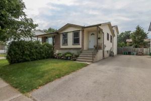 4 bedroom full house for rent-Amazing Area, close to everything