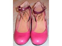 LADIES FABULOUS SCHUH BRAND PINK + MAROON, STRAPPY, GLITTER HEELED SHOES - SIZE UK 8/EU 41