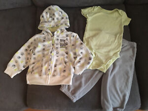 Carter's 3 piece outfit size 12 months