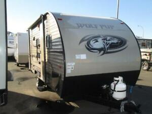 AWESOME LIGHT WEIGHT TRAVEL TRAILER WITH BUNKS