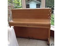 Piano used but working (old school)