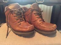 Men's boots size 10