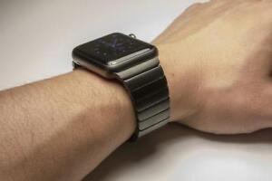 Apple Watch Stainless Steel black 42mm Milanese Loop Watchband