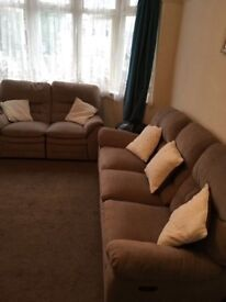 One bedroom first floor flat on Ingleby Road, Ilford IG1 4RX - Inclusive of all bills