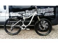 🚲 2013 Kona Entourage Deluxe DH Down Hill Freeride Mountain Bike - Fully Serviced