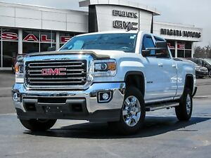 2015 GMC Sierra 2500 HD SLE Crew Cab Long Box 2WD ** ONE Owner!