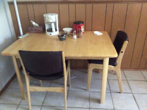 Extendable Dining Table: New Price