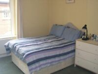 2 double bedroom property in Walworth