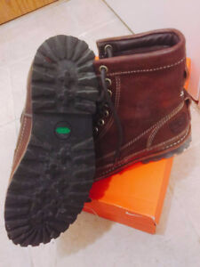Moving sale timberland leather winter boots