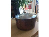 Big brass pot £8