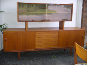 Teak Credenza Sideboard w/Removable Floating Glass Hutch, Table