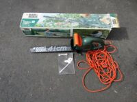 Black & Decker 41cm Electric Hedge Trimmer GT249