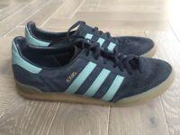 Adidas Orginals Jeans Trainers Size UK 10