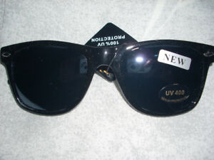 BLACK SUNGLASSES-NEW!