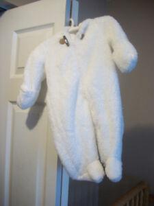 3 manteaux bébé printemps/automne  à vendre