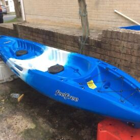 Gemini Feelfree sit on top kayak with 2 paddles, excellent condition